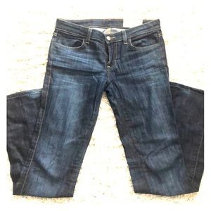 Size 27 low rise bootcut jeans